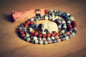 YogamaParis_Mala_Dina